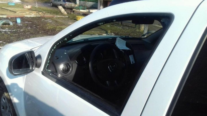 Six cars broken and stolen by two minors in Criuleni