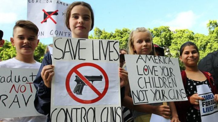 Mass rallies across America to back tighter gun control
