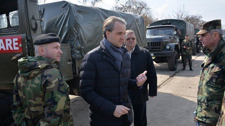 Defense Minister Eugen Sturza pays working visit to Balti garrison