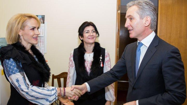 Meeting between Bucharest Mayor Gabriela Firea and Vice Premier for European Integration Iurie Leanca