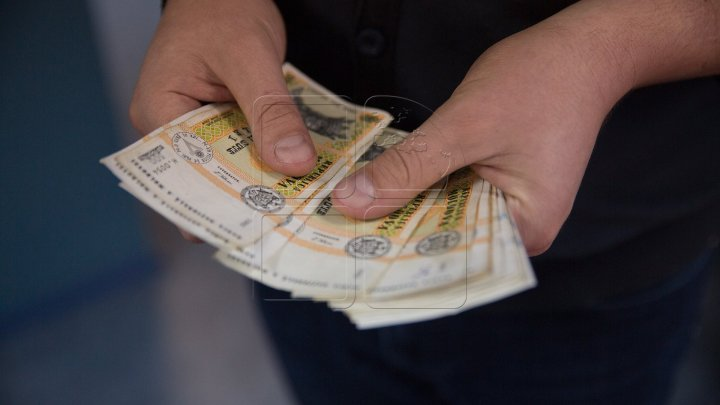 School director detained for exploiting employees by depriving salary cards and money