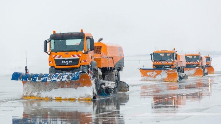 Chisinau Airport shrugs off heavy snowfall