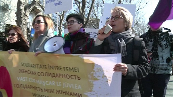 Non-governmental organizations rally support for women's rights in Chisinau
