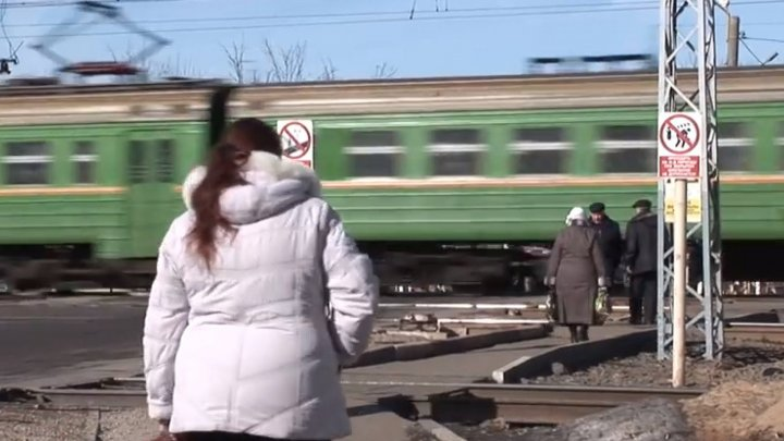 Moldovan mom and son died after being hit by train in Moscow