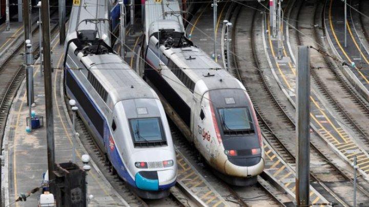 France's rail network has been severely disrupted, as wave of strikes against President Emmanuel Macron's labour reforms gets under way