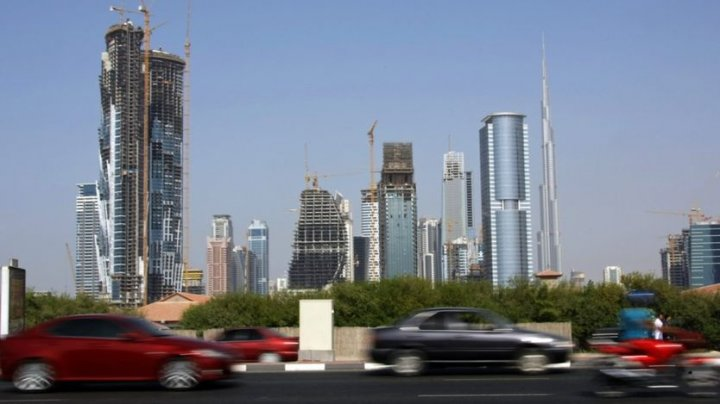 Drivers in Dubai to use digital vehicle number plates