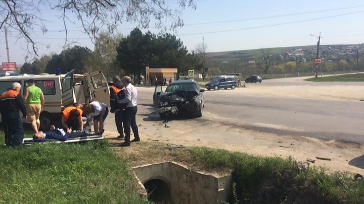 Car accident near Ciorescu! Four people hospitalized