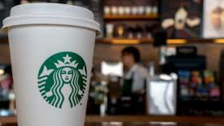 US Starbucks's 175,000 employees to undergo racial bias training