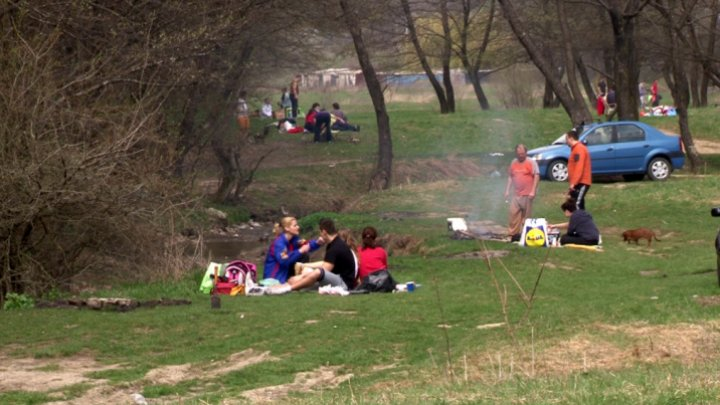 Barbecue and nature on Easter. Other choices for celebration