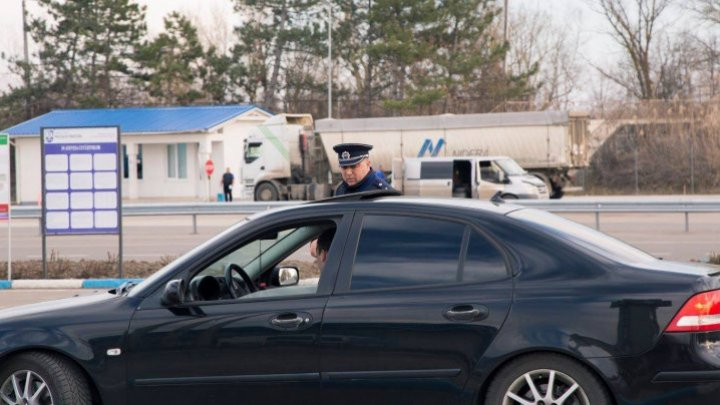 Border police: Moldovans leave country after vacation