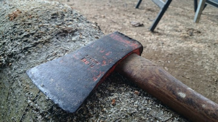 Tragedy in Criuleni. Husband killed after his wife hit his head and body with ax