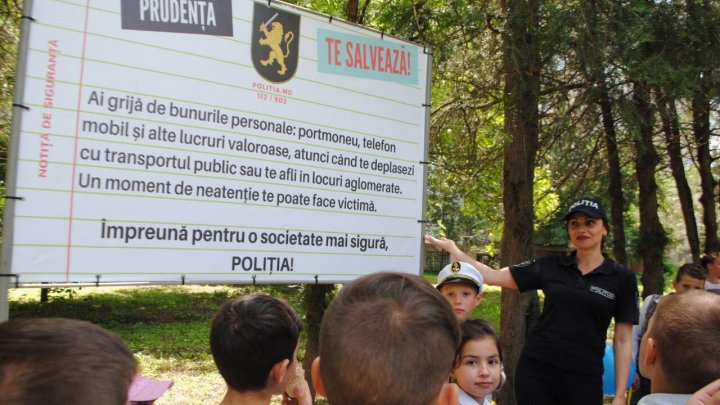 Safety Alley: Criuleni locals informed by police personal safety