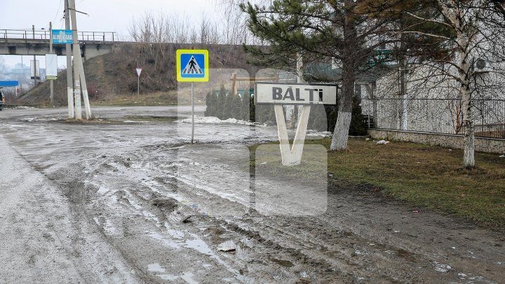 Bălţi: Pedestrian and drivers in danger as lack of road markings