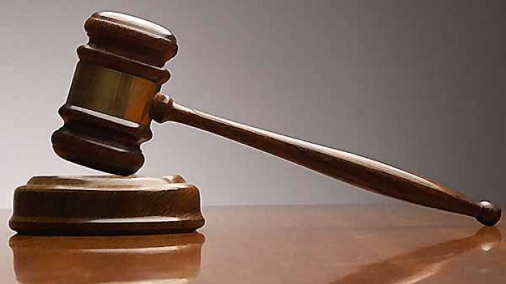 Ex-lawyer to stand trial for bribery of over 20,000 EUR
