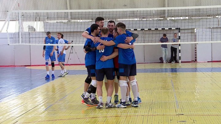 Astra Chişinău on brink of winning volleyball national champion