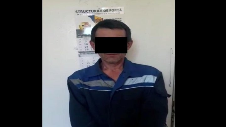 Chisinau resident, 45, detained for robbery