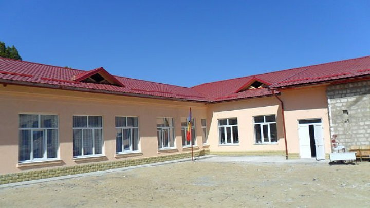 Gymnasium from Săiți village will be repaired, after nearly 90 years since its foundation (PHOTOREPORT)
