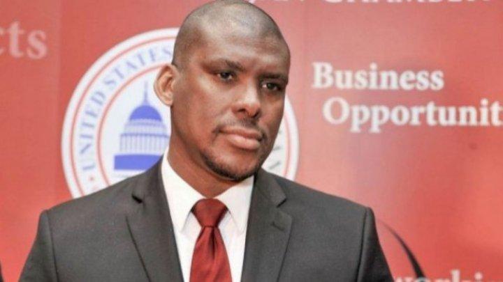 US Ambassador Dereck J. Hogan talked with USM students legal reforms