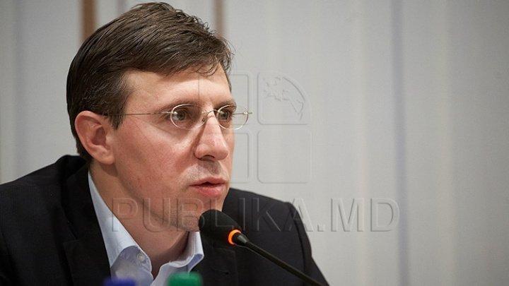 Dorin Chirtoacă backs Gaudeamus demolition: It has no architectural value