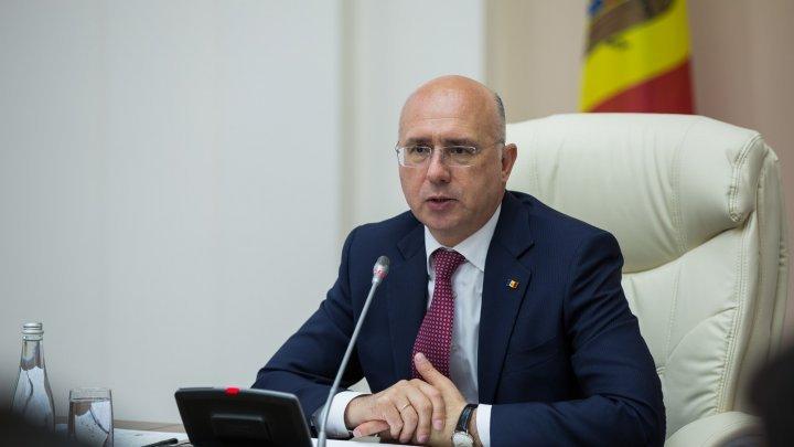 Premier Pavel Filip calls for effective interaction between responsible authorities to resist swine fever spread