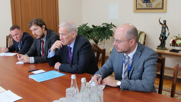 Cristina Lesnic in meeting with Head of OSCE Mission to Moldova Michael Scanlan