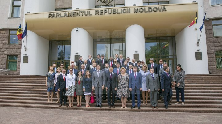 Parliament President Andrian Candu discussed with Moldovan ambassadors accredited abroad