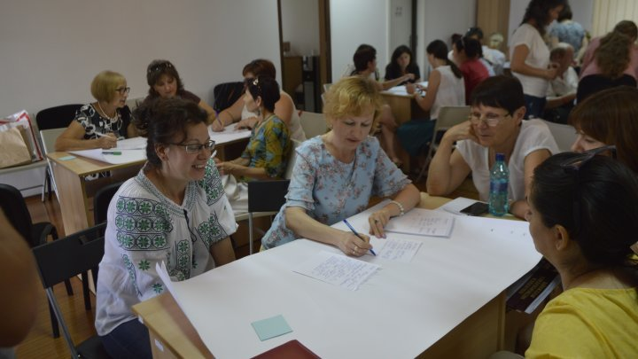 40 librarians from Bessarabia attended training program in Bucharest