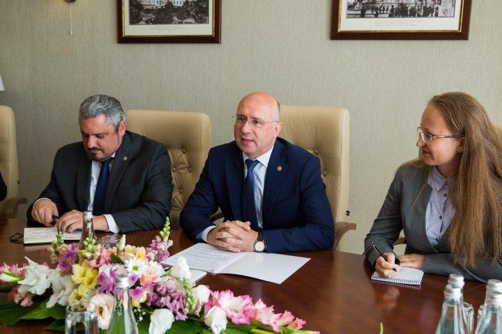 Bilateral dialogue Moldova - United States held by Premier Pavel Filip and US Ambassador James Pettit