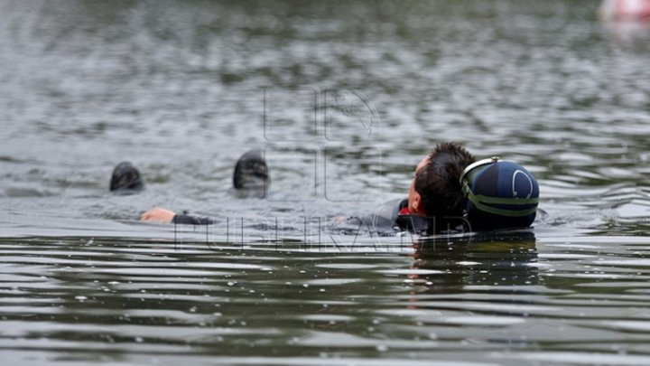 Tragedy in Chisinau. A 16 years old guy has drowned in Valea Trandafirilor Lake