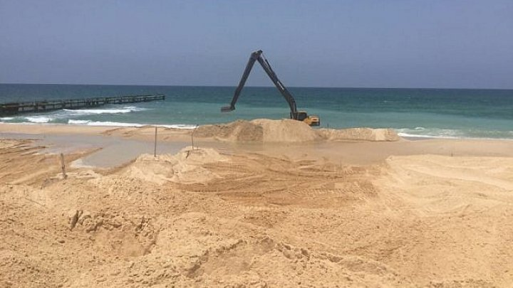 Israel builds sea barrier to prevent attacks from Gaza