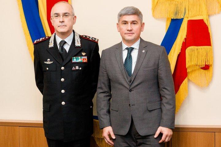 Carabineers troop reform discussed by Alexandru Jizan and Giovanni Nistri in Chisinau