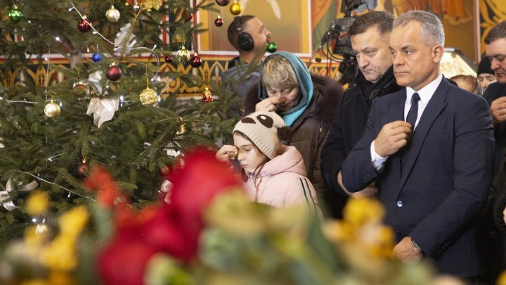 Christmas holiday at Curchi Monastery. The event was also attended by DPM leader, Vlad Plahotniuc