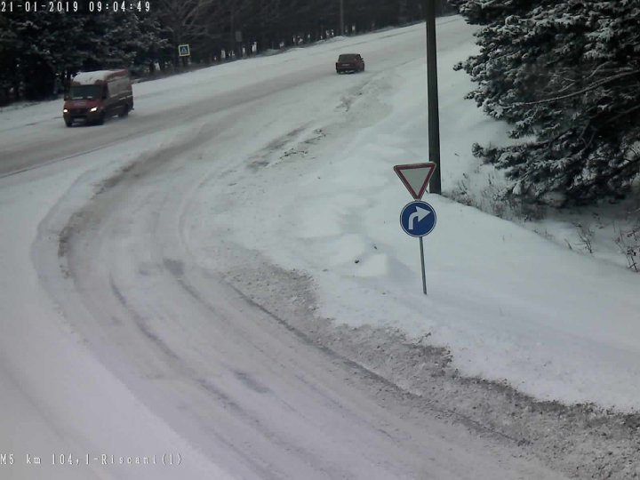 Attention drivers! Updated winter road conditions across Moldova