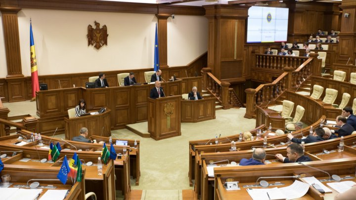 PARLIAMENT'S TOTALS: 200 hours of debates and nearly 470 registered legislative initiatives