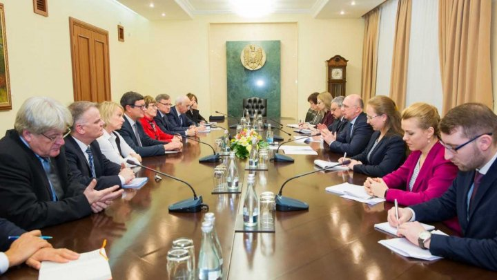 PM Filip with PACE pre-election mission: We take all efforts to ensure transparent elections