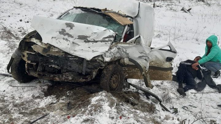 Grave accident in Calarasi. Two cars frontally hit (PHOTO/VIDEO)
