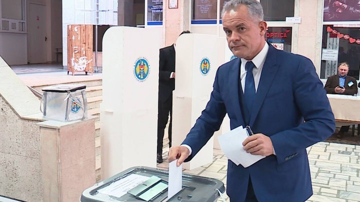 Vlad Plahotniuc, Andrian Candu and Pavel Filip voted for political stability, fruitful reforms, well-being of citizens