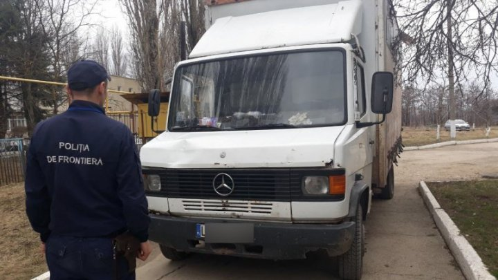 Briceni boarder police found fake documents to a driver