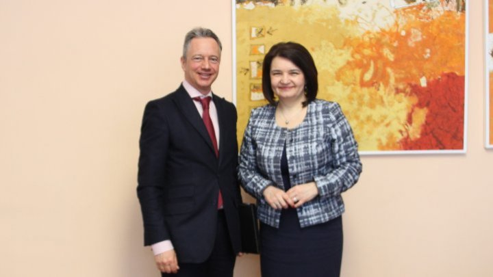Minister Monica Babuc tabled Holocaust education with head of OSCE Mission to Moldova Claus Neukirch