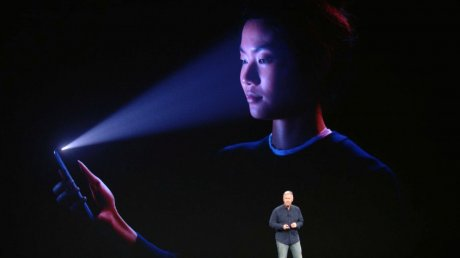 New York college student is suing Apple for $1 billion and claims its facial recognition led to his false arrest