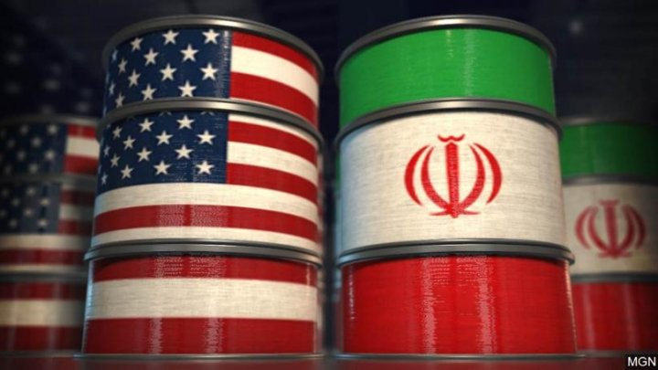 US threatens to sanctions nations for importing Iranian oil