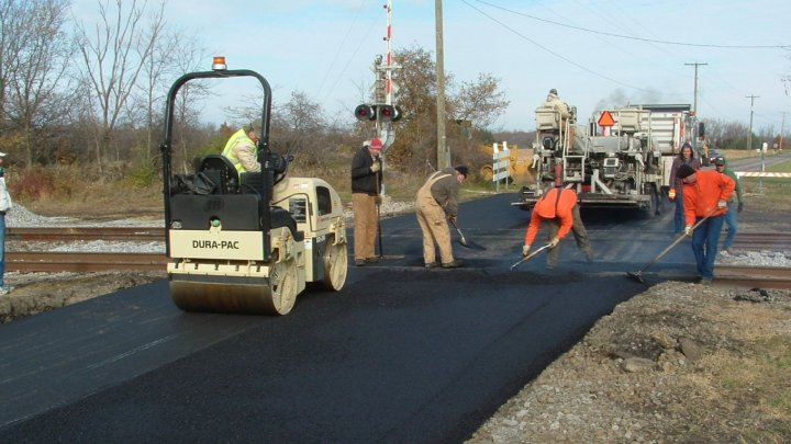 Good Roads for Moldova 2: Roads from Lalova village are being repaired