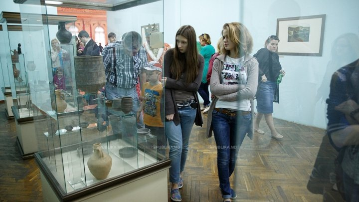 Museums Night in Chisinau. Visitors enjoyed workshops, live music and exhibitions