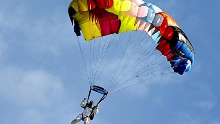 It's the height of parachuting season! How much does this thrilling sport cost?