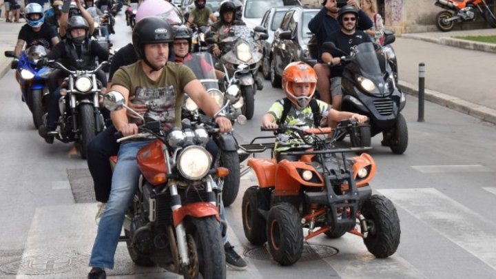 Victory Day motorcycle rally added spring vibes and made people stay upbeat