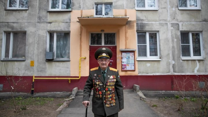 Centenarian russian veteran of World War II calls for peace on Victory Day