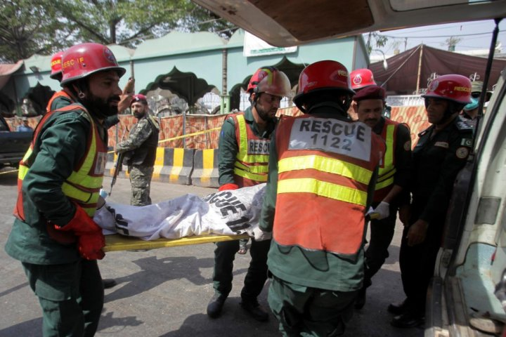 Explosion near altar in Pakistan. Police announced 9 deaths