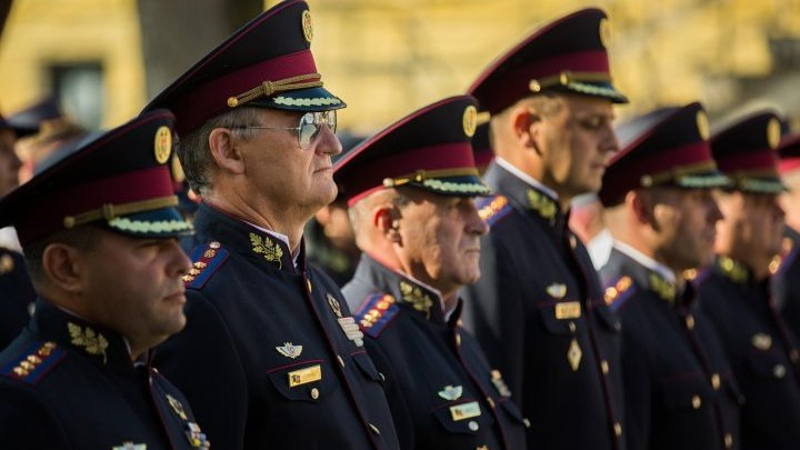 ACUM deputies give more power to Igor Dodon. State Security and Information Service will be managed by the president
