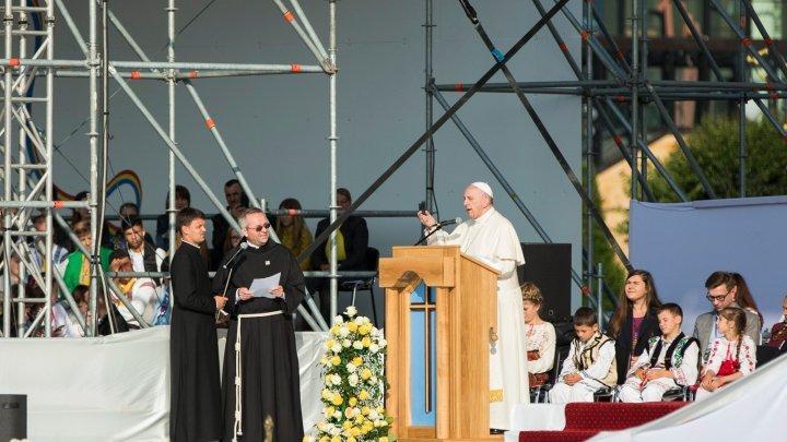 Pope Francisc recited Mihai Eminescu verses while in Iasi, Romania