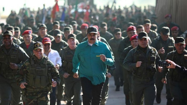 Russia withdraws key defense from Venezuela because of economic difficulties. Maduro's reaction